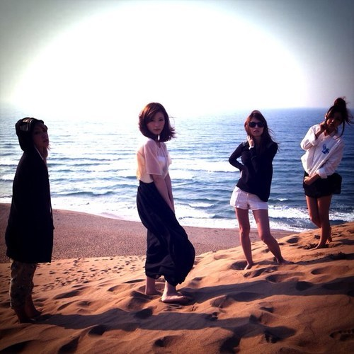 fuckyeahscandalband:   SCANDAL; Brand-new Twitter DP on @scandal_band