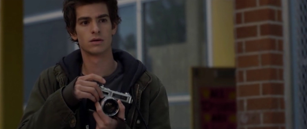 "Yashica Electro 35 in ""The Amazing Spiderman"" (2012). Nice to see that a superhero shoots with a rangefiinder. I just realised this is a double post of sorts. Previously posted as an animated GIF file - http://tmblr.co/ZJ_sxwWbJCpg Hard to keep track sometimes!"