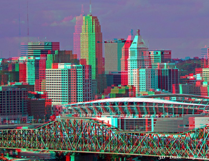 enjoythearts:  cincinnati: NOW IN 3-D! love this pic.