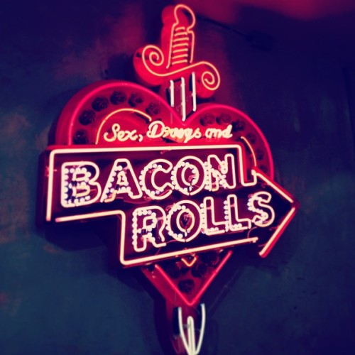 Sex, drugs and bacon rolls. #TheBreakfastClub #spitalfields #london