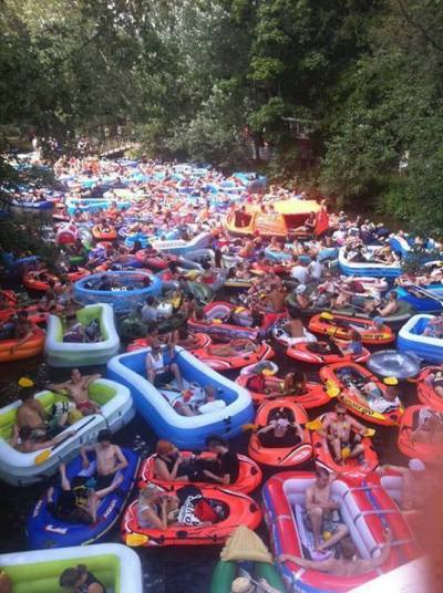 battlepope:  cocaine-wolf:  undefined-thought:  Beer Floating otherwise known as Kaljakellunta in Finnish, is a beer drinking event in Helsinki, Finland where people go down a river in anything that floats and get wasted. I Need to fucking go to this shit.