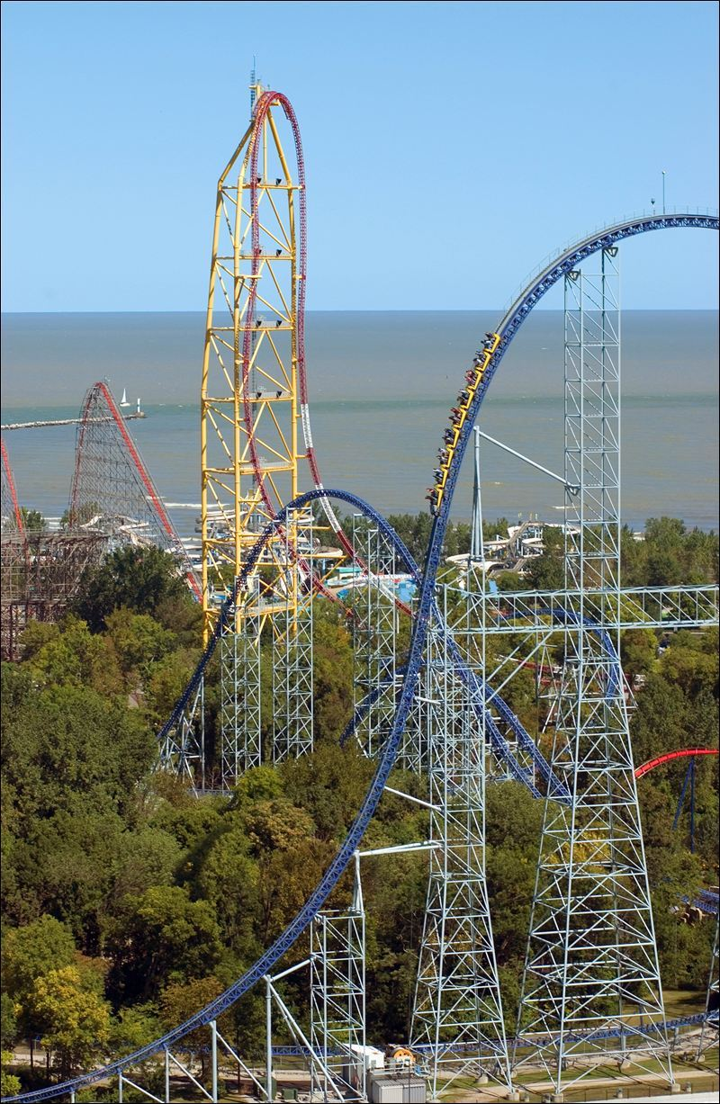 rollercoastersrock:  Cedar Point