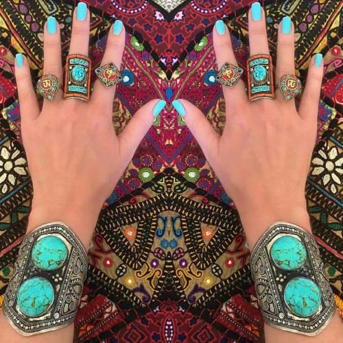 gypsystyle gypsyjewelry gypsygirl regrann ohmboho bohoinspo attractyourtribe bohochic hippiestyle hippie bohojewelry jewelry vintage rings bohofashion gypsetstyle bohemianstyle hippiechic instaboho bohostyle bohoinspiration bohemianjewelry ibizabohogirl gypsylife joyas boho goodvibes bohemianfashion