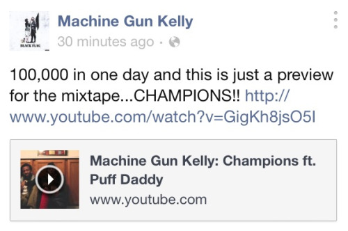 machinegunkelly-laceup:  <3