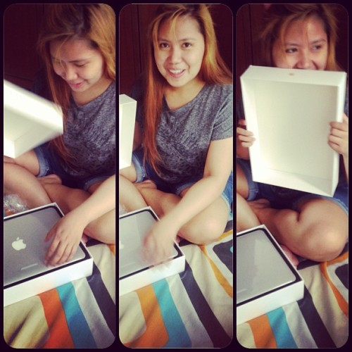 Acted like a child coz of daddy's gift #Apple #Mac #Pro #Retina 😍