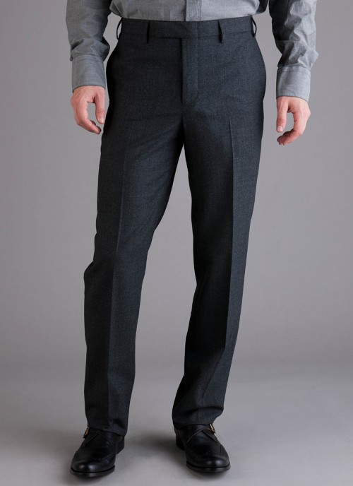 It's On Sale: Billy Reid flannel trousers Billy Reid has moved their fall-winter inventory into final sale and their flannel trousers are now $123 (about half of their original $245 price). There's still a full range of sizes for their charcoal pair (above), which have the versatility to go with a range of jackets ranging from tweed sport coats to navy blazers. -Kiyoshi