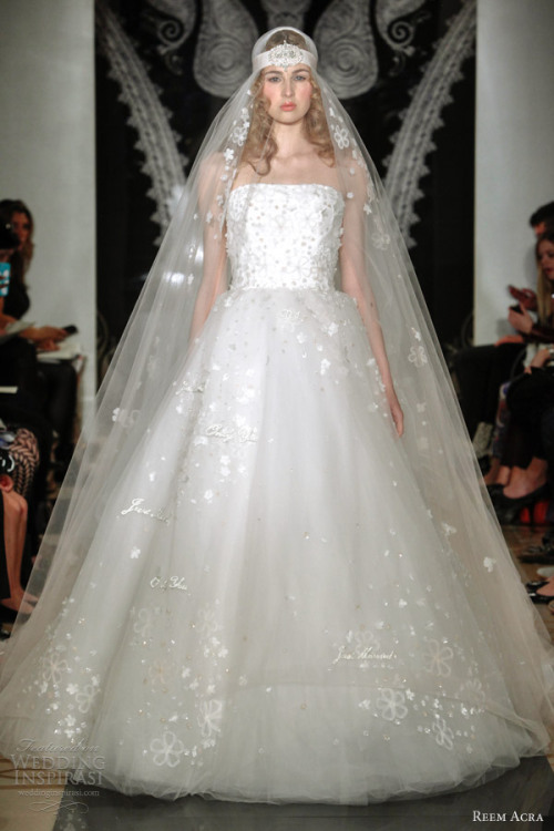 http://www.weddinginspirasi.com/2013/05/08/reem-acra-bridal-spring-2014-wedding-dresses/2/