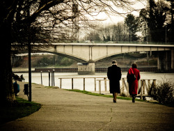 Do we get older when we walk?  - Valdivia, July 29; 2009