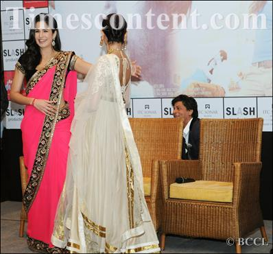 kkkg:  one of the photographer asked for a pics of kat & anu without srk see wht he did