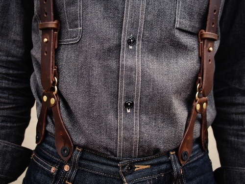 maninpink:  Denim, workwear, suspenders | If you know where to buy this cloth or any other alike please leave the comment in my blog. Thx. Terry