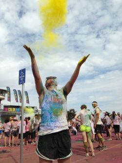 I'm sorry I'm just obsessed with The Color Run okayayayyyy