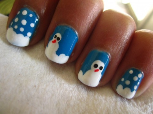 EASY SNOWMAN NAILS BY ADITEEARTby Aditee Mane http://bit.ly/14ltbyC
