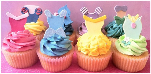 obsessed-with-disney:  Disney Princess Cupcakes!