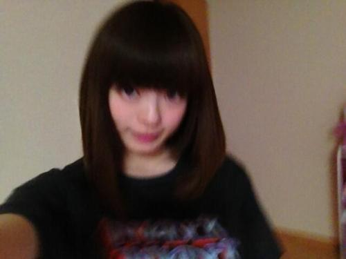 kyarychan:  [10:39 PM] Ta-daaa! I change my hair to a dark color. I think it might be the darkest it's been in years (top)[10:41 PM] blurry (bottom)[10:44 PM] Black hair… do guys like that?