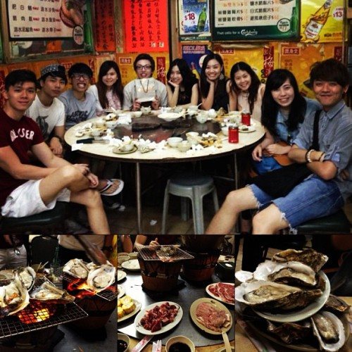 Yummy seafood hotpot!!!   Thanks u all!  #realizen  and i miss others so much!!!😭😭😭