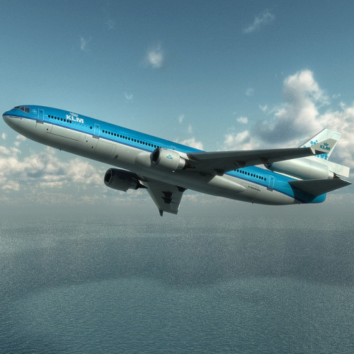 crusingaltitude:  MD-11 KLM by Aaron Escobar on Flickr.