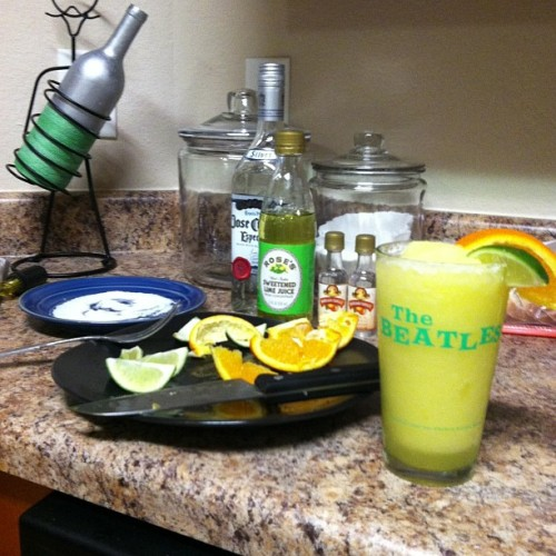Homemade margaritas by yours truly at the new place for #CindodeMayo :)
