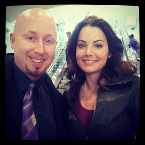 "shelbyhuesario:  #EricaDurance  New Candid on ""Saving Hope"" set thanks to @DJ_TATZ  (March 26, 2013)(@DJ_TATZ:  Mambo #5 @ED_DURANCE Amazing actress, Infectious smile, Hillarious & Canadian. You're much more than, Lois Lane  :-)@DJ_TATZ:  The Real DJ Tatz 7hMet the most BEAUTIFUL Canadian girl! @ED_DURANCE. Erica your down to earth, great smile, I think I have a crush :-))"