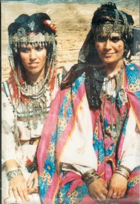 amayas-amazigh:  Amazigh women from the Aurés ( Ichawiyen )