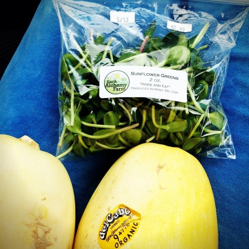 Gathering supplies for #meatlessmondays.   I LOVE #earthalchemyfarm.  #sunflowergreens are the best!!   Happy Monday everybody.   If you are looking for some stimulations.  Come check out our #bohocrush #blog.  #art #sex #sustainability 💋💋💋