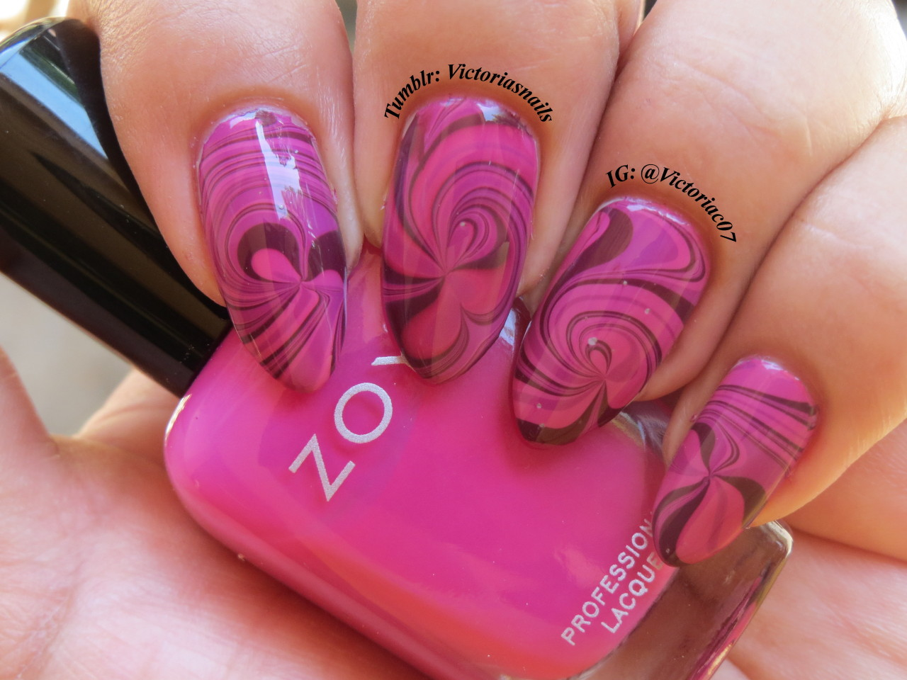 I'm in LOVE with this! All Zoya water marble once again. Colors used:  Zoya - Reagan, Lara, Toni, Dove (base)