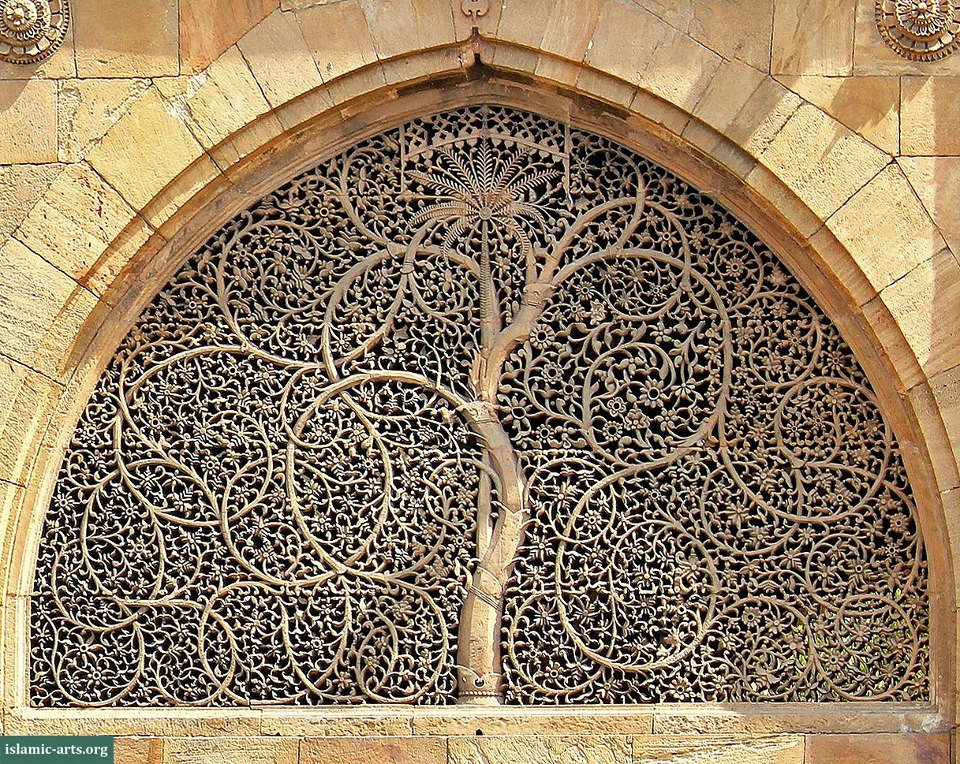 Intricately carved stone latticework of the Sidi Saiyyed Mosque, Ahmedabad, India. The mosque was built in 1573. Original photo by Vrajesh Jani, creative commons license. Modified by islamic-arts.org for perspective correction.(via (1) Islamic Heritage's Photos)