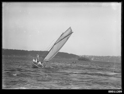 Sloop under sail on Sydney Harbour by Australian National Maritime Museum on The Commons on Flickr.