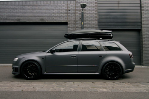 fullthrottleauto:  Audi RS4 B7 - side profile (by AutoProfilez)