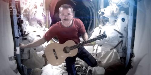 Commander Chris Hadfield Bids Farewell to the ISS With Bowie Cover Rachel Edidin, wired.com International Space Station Commander Chris Hadfield has spent the last year charming the pants off the earthbound public with his tweets and Tumblr posts from the International Space Station. Now, it turns out he's got pipes, too: to celebrate th…  Greatest cover