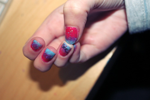 Tie-Dye Glitter Bow nails
