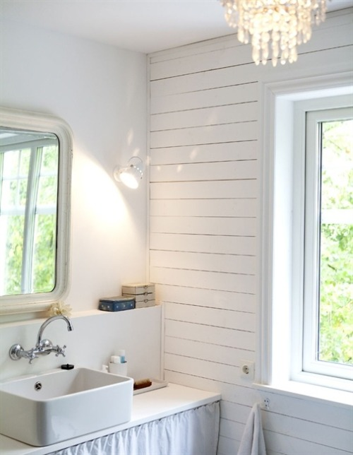 myidealhome:   simple and lovely (via Inspired by IKEA)