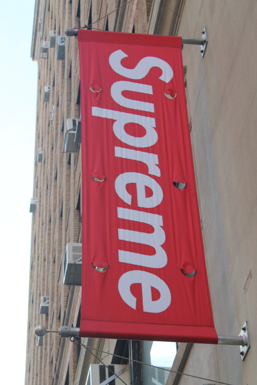 rvree:  Supreme Store in Soho NYC