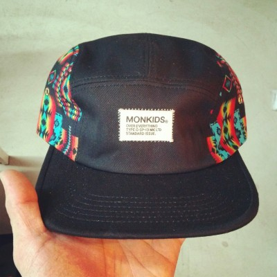 korea retail shop `sopooom`(소품) X monkids collaboration 5panel cap.  under 40 pcs.  only in sopooom  http://www.sopooom.com in seoul of korea.  support the local.