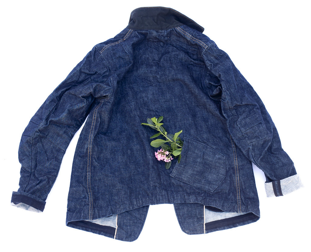 youmightfindyourself:  Dillon Montara Denim Jacket (The Girlfriend Jacket) Named the girlfriend jacket for the back lower pocket for your partner to put their hand on those walks in the wind.  but wat if u hav no qtpa2t gf? wat then