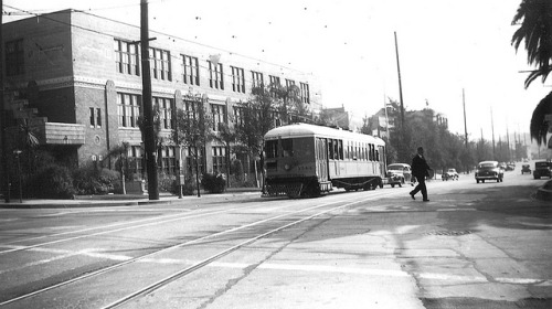 007 - LATL W Line Car 1544 N. Figueroa St & Meridian19480215 on Flickr. Photographer: Alan Weeks Los Angeles Transit Lines streetcar no.1544 on Line W on North Figueroa Street, February 15, 1948.