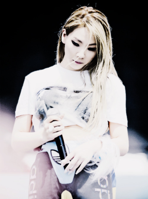 100/100 PICTURES OF CL
