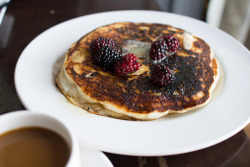 Pancakes with Berries & Vanilla Butter