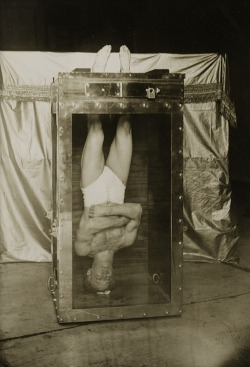 Magician & illusionist, Harry Houdini, 1912.