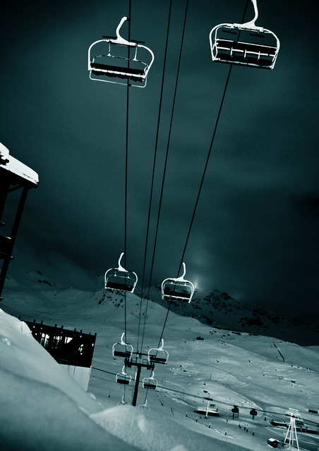 Val Thorens at night by thenamespearce on Flickr.
