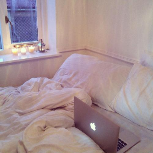 insatiablefeelings:  why can't this be my room