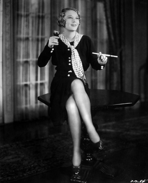 maudelynn:  Dorothy MacKaill  (I am watching a lot of her pre codes at the moment ::)