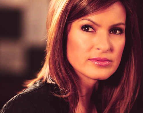 An endless selection of pictures in which Mariska Hargitay is flawless - 11/? ♥
