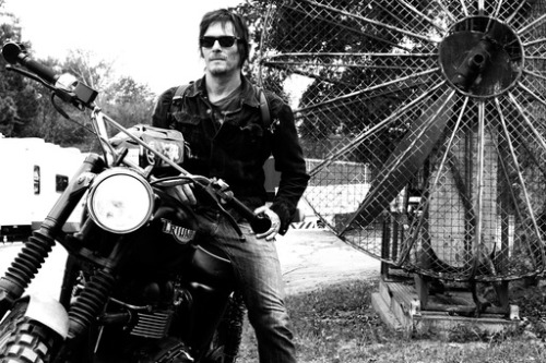 brokenxcherokees:  Since Reedus, sunglasses and motorcycles have never been the same.