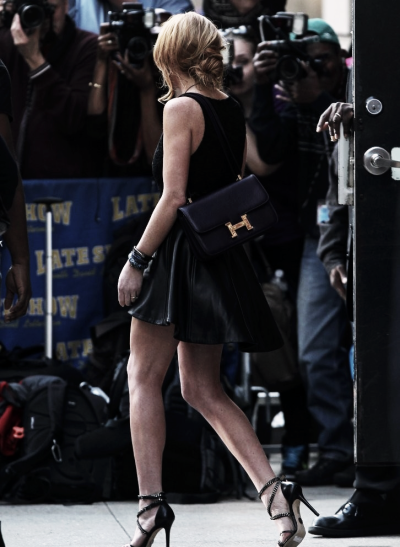 "#paparazziLiLo leaving ""The Late Show With David Letterman""after her appearance on Tuesday."