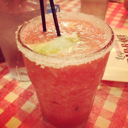 Drinks with my best girls. #veryberry #very #berry #margarita #drink #alcohol #night #dinner #salt #famousdaves