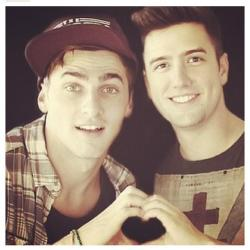 harmainsays:  KOGAN LOVE<3