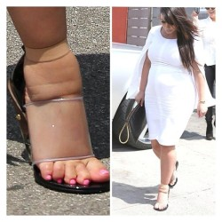 sheishurr:  2damnfeisty:  cosbyykidd:  Kim Kardashian must not have a mirror or a friend.   She don't love herself.  Girl….