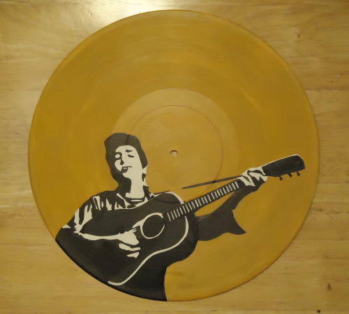 Bob Dylan portrait on a vinyl record, available on Etsy
