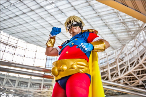 Wow, it's Tiger & Bunny's Mr. Legend in the flesh with this cool cosplay by ノラ jinxie.