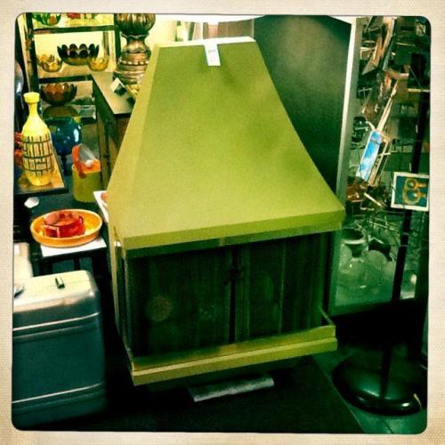 Vintage Fireplace (lights & heats) $325.00 http://on.fb.me/Z9khGv